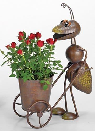 Gartenfigur Ameise mit Pflanztopf
