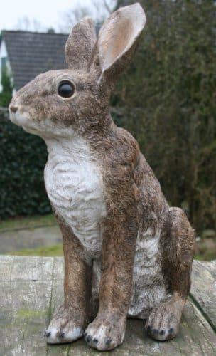 Gartenfigur Hase lebensecht, Osterhase.