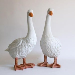 Deko Gänse Paar lebensgroße Gartenfiguren