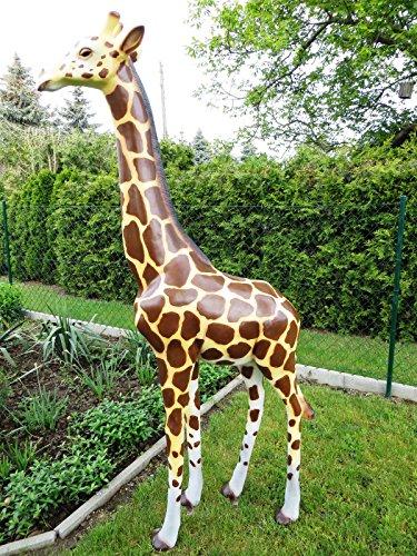 Deko Baby Giraffe lebensgroße Gartenfigur