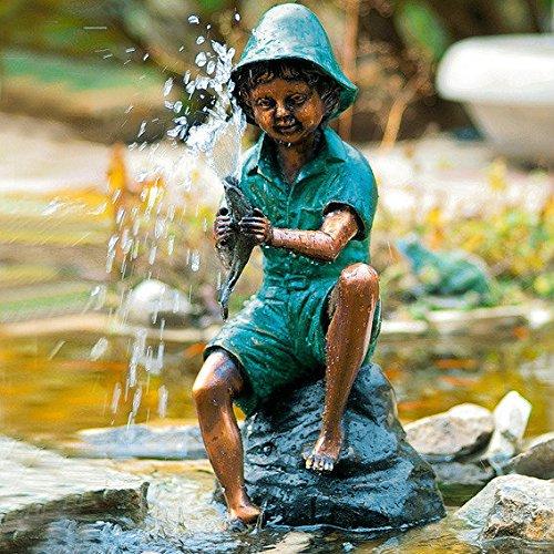 Wasserspiel Fischerjunge als Bronze