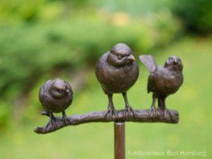 Gartenfiguren kaufen: Gartenstecker Vogelgruppe Bronze