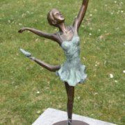 Bronze Ballerina Figur auf Bronzeplatte