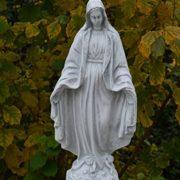 Gartenfigur heilige Madonna aus Steinguss, frostfest