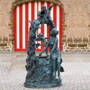 Bronze Brunnen mit Engelfiguren – Patience