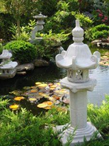 Kasuga japanische steinlaterne gartenfiguren abc for Japanische gartenfiguren