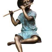 Flötenspieler Junge aus Bonze, Bronzefigur Junge
