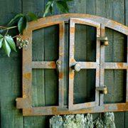 Gusseisen Fenster – Rostdeko Fenster mit Klappe