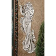 Wandskulptur Muse mit Harfe